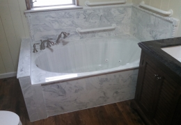 large jetted tub 2.jpg